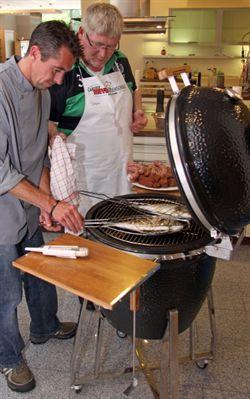 Küchen Meyer Georgsmarienhütte zum grillen ins einrichtungshaus kochschule bei küchen meyer