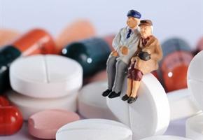 Krankenkasse warnt: Viele Medikamente für Ältere ungeeignet