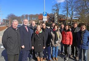 Parken und mehr: Alles neu auf dem Bahnhofsvorplatz in Sutthausen