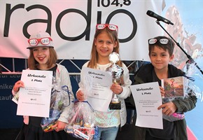 Miniplaybackshow auf der Maiwoche: osradio sucht junge Talente