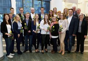 VWA und Hochschule OS verabschieden Bachelor-Absolventen